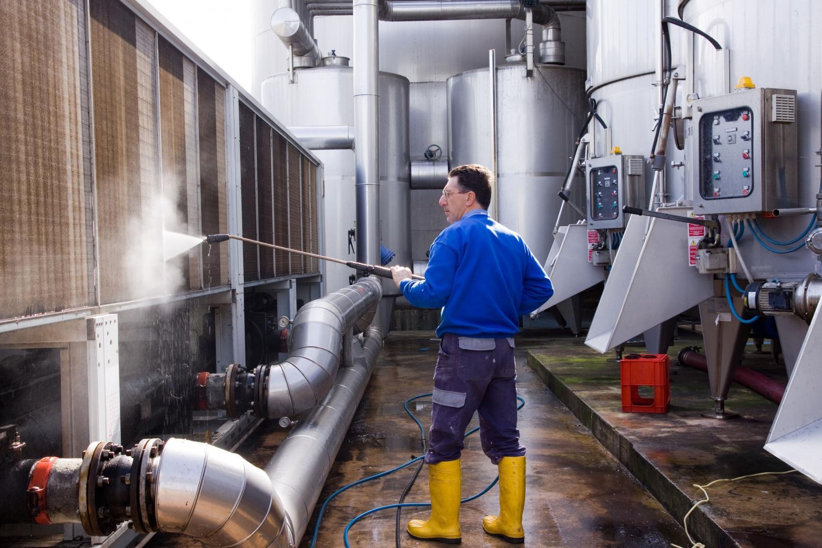 Ce qu'il faut savoir sur le nettoyage industriel usine.